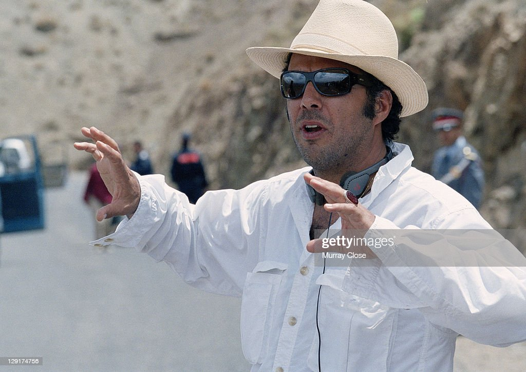 Mexican director Alejandro Gonzalez Inarritu during the filming of 'Babel' on location in Morocco, 2005.