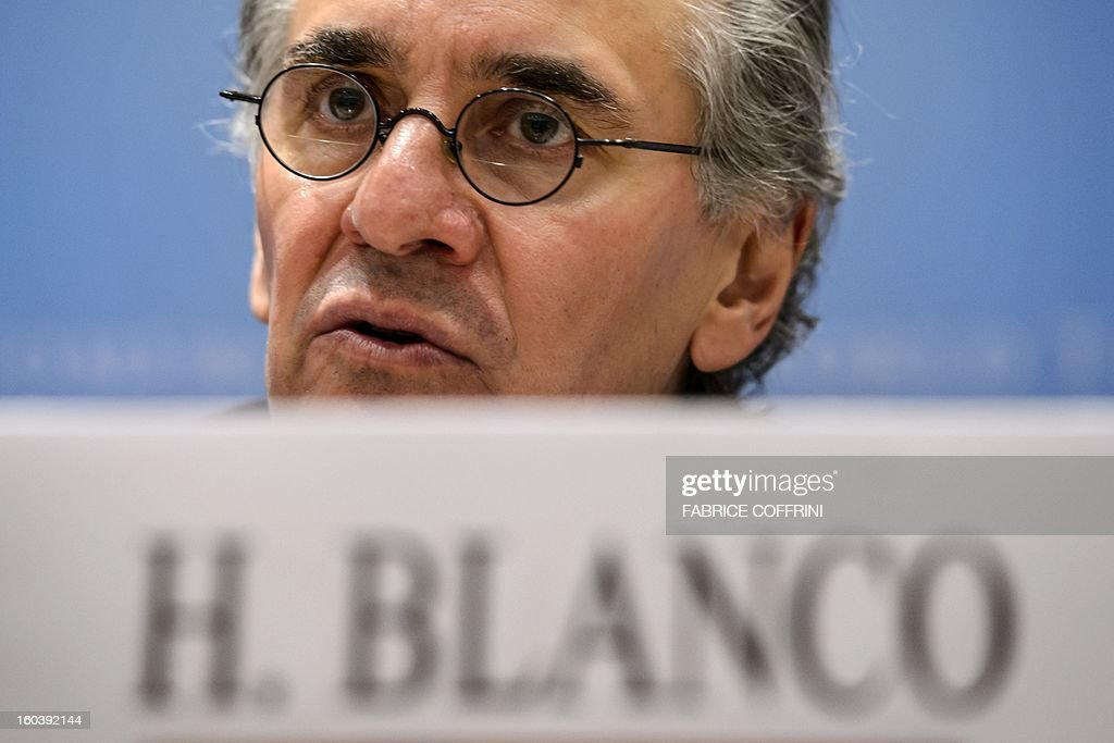 Mexican economist, former minister Herminio Blanco Mendoza and candidate for the post of WTO director general gives a press conference following a hearing on January 30, 2013 at World Trade Organization (WTO) headquarters in Geneva. The WTO is interviewing nine candidates to replace Pascal Lamy as director general. The WTO's 158 member countries are to make its decision known by May 31. AFP PHOTO / FABRICE COFFRINI