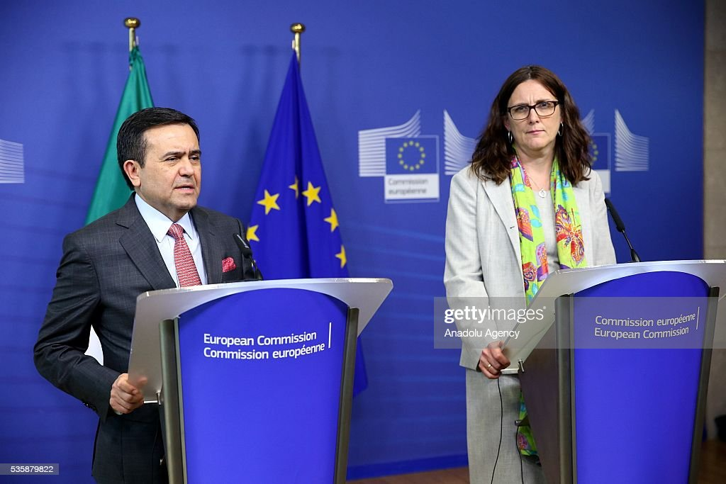 Mexican Economy Minister Ildefonso Guajardo Villarreal delivers a speech during a joint press conference with European Commissioner for Trade, Cecilia Malmstrom (R) after a meeting in Brussels, Belgium on May 30, 2016.