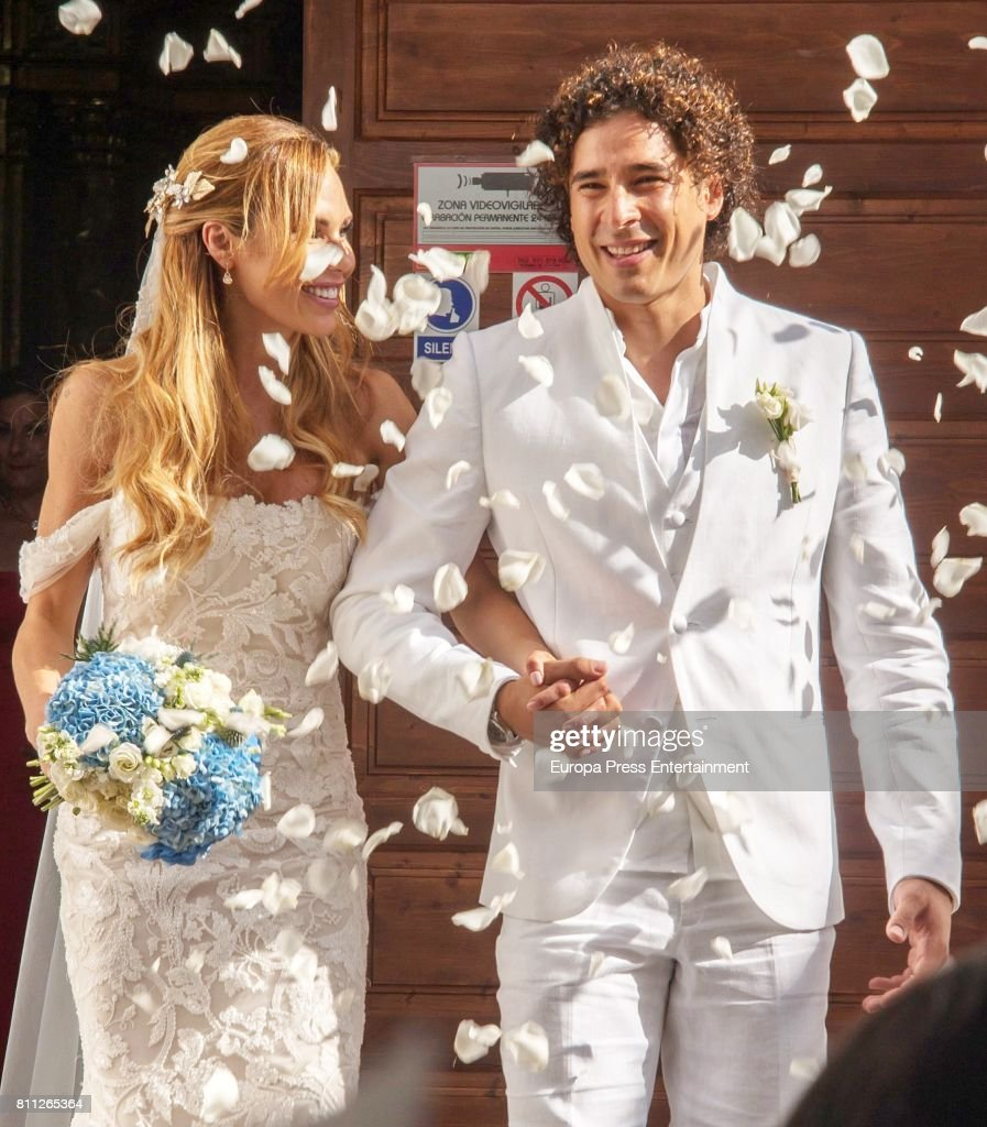 Guillermo Ochoa And Karla Mora Get Married un Ibiza