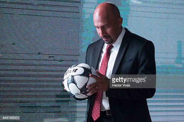 Mexican goalkeeper Oscar Perez takes a look to the ball during the presentation of the Liga MX Torneo Apertura 2016 Official Ball at Universidad...