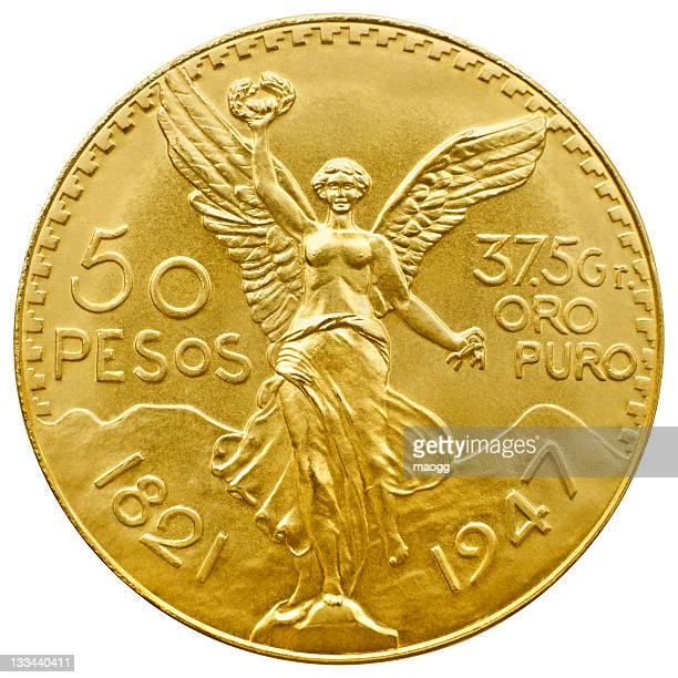 Moneda de oro Aislado en blanco con trazado de recorte