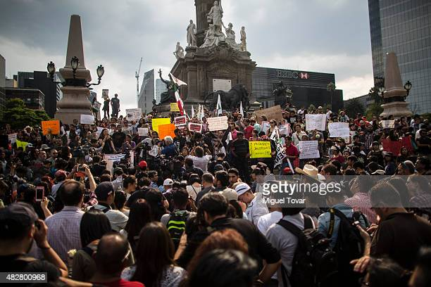 Mexican journalists protest against the murder of photojournalist Ruben Espinosa Becerril on August 02 2015 in Mexico City Mexico Espinosa who worked...