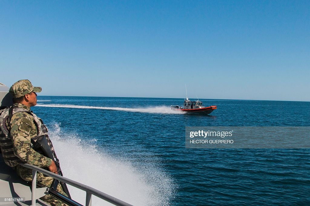 Mexican navy boats patrol the cortes sea in san felipe for Baja california fishing