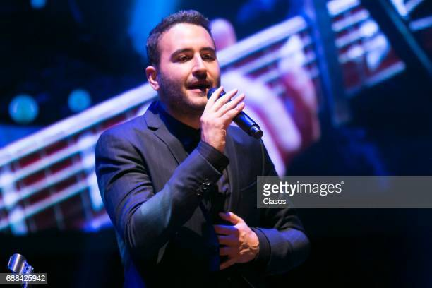 Mexican pop band Reik performs during the Trayectoria SACM 2017 Awards at Roberto Cantoral Auditoriun on May 24 2017 in Mexico City Mexico