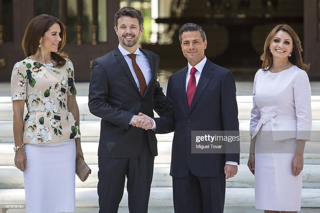 Mexican President Enrique Pe–ña Nieto and his wife the mexican first lady Angelica Rivero receive Mary Elizabeth crown princess of Denmark and Frederik André Henrik Christian de Glücksburg crown prince of Denmark, during a welcome ceremony at Los Pinos official recidence on November 11, 2013 in Mexico City, Mexico.