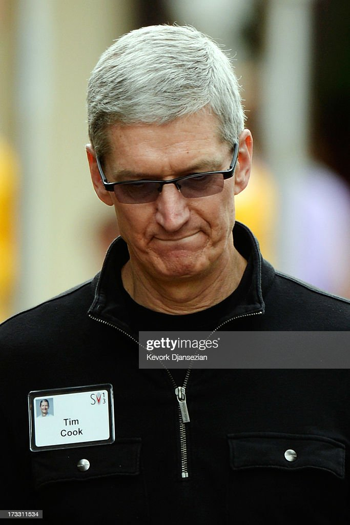 Tim Cook, CEO of Apple Inc, attends Allen & Co annual conference on July 11, 2013 in Sun Valley, Idaho. The resort will host corporate leaders for the 31st annual Allen & Co. media and technology conference where some of the wealthiest and most powerful executives in media, finance, politics and tech gather for a weeklong meetings which begins Tuesday. Past attendees included Warren Buffett, Bill Gates and Mark Zuckerberg. (Photo by Kevork Djansezian/Getty Images) SUN VALLEY, ID - JULY 11: Mexican President Enrique Peña Nieto (3rd R) arrives to deliver a speech at the Allen & Co. annual conference at the Sun Valley Resort on July 11, 2013 in Sun Valley, Idaho. The resort is hosting corporate leaders for the 31st annual Allen & Co. media and technology conference where some of the wealthiest and most powerful executives in media, finance, politics and tech gather for weeklong meetings. Past attendees included Warren Buffett, Bill Gates and Mark Zuckerberg.