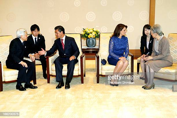 Mexican President Enrique Pena Nieto and his wife Angelica Rivera meet Japanese Emperor Akihito and Empress Michiko at the Imperial Palace on April 8...