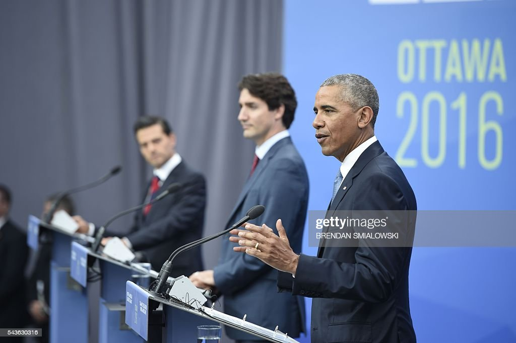 Mexican President Enrique Pena Nieto, Canadian Prime Minister Justin Trudeau and US President Barack Obama speak during a press conference at the North American Leaders Summit at the National Gallery of Canada June 29, 2016 in Ottawa, Ontario. / AFP / Brendan Smialowski