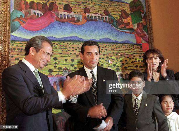 Mexican president Ernesto Zedillo governor of the Mexican state of California Antonio Villaraigosa and his wife Corina Villaraigosa applaud 03 August...