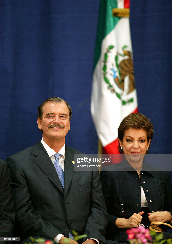 Mexican President <a gi-track='captionPersonalityLinkClicked' href=/galleries/search?phrase=Vicente+Fox&family=editorial&specificpeople=202615 ng-click='$event.stopPropagation()'>Vicente Fox</a> and his wife Marta visit Cesar Chavez Academy in St. Paul, Minnesota on Friday June 18, 2004. During his visit, Fox announced a Mexican Consulate in St. Paul, Minnesota.