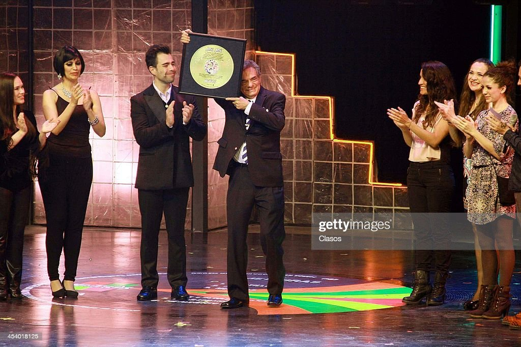 Mexican Singer Jose Jose receives a tribute to his carrer during the unveiling of the nameplate to celebrate the 1700 representations of the musical...