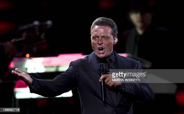 Mexican singer Luis Miguel performs during the 53nd Vina del Mar International Song Festival on February 22 2012 in Vina del Mar AFP PHOTO/MARTIN...