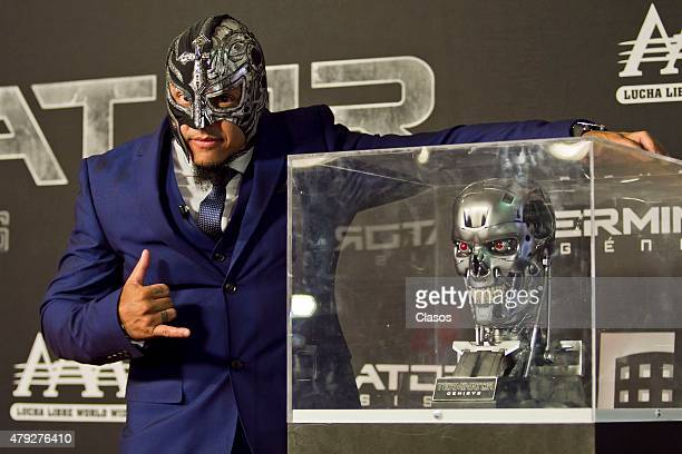 Mexican wrestler Rey Mysterio Jr attends the Mexican Premiere of Terminator Genesis at Cinepolis Plaza Universidad on July 01 2015 in Mexico City...