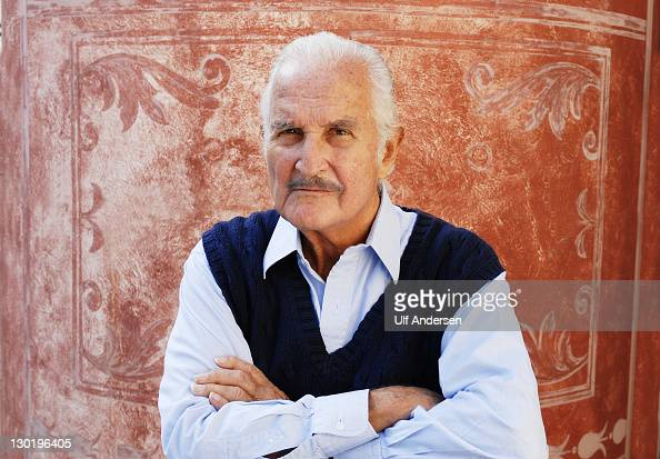 AIX EN PROVENCE FRANCE OCTOBER 16 Mexican writer Carlos Fuentes poses during a portrait session held on October 15 2011 in Aix en Provence France