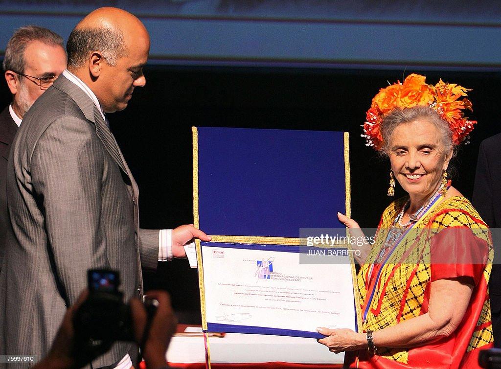 Mexican writer Elena Poniatowska accepts from Venezuela's vicepresident Jorge Rodriguez the Romulo Gallegos 2007 literary award consisting in USD...