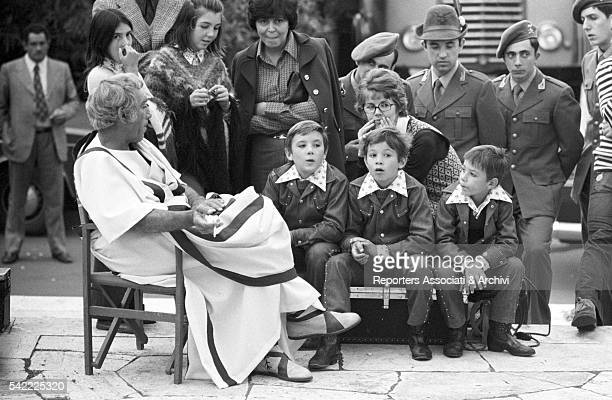 MexicanAmerican actor Anthony Quinn with his children Francesco Danny e Lorenzo on a movie set 1960s