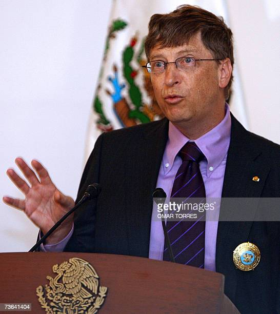 Bill Gates chairman of Microsoft speaks after he was decorated with the Aztec Eagle Order the highest decoration of the Mexican Goverment 20 March...