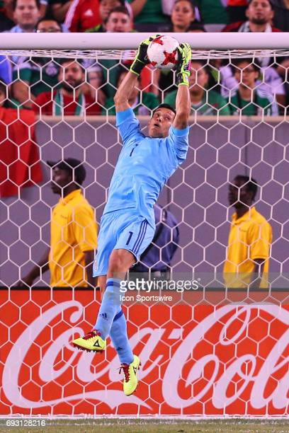Mexico goalkeeper Rodolfo Cota catches the ball during the game between Mexico and the Republic of Ireland on June 01 2017 at Met Life Stadium in...