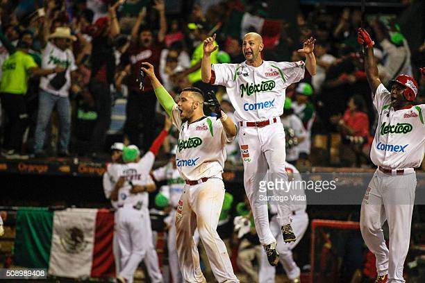 Mexico players celebrate their victory during the match between Venezuela and Mexico as part of the Caribbean Series 2016 Finals at Estadio Quisqueya...