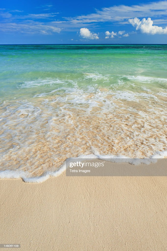 Mexico, Yucatan, Sandy beach and turquise sea : Stock Photo
