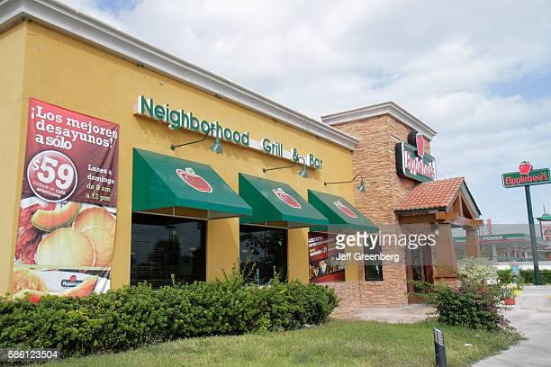 Mexico Yucat‡n Peninsula Quintana Roo Cancun Avenida Xcaret Applebee's Neighborhood Grill and Bar restaurant