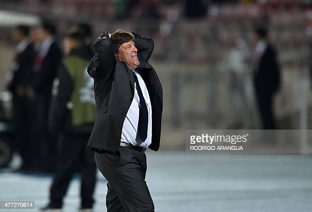 Mexico's coach Miguel Herrera gestures during their 2015 Copa America football championship match in Santiago on June 15 2015 AFP PHOTO / RODRIGO...