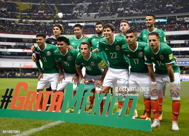 Mexico's football team poses before the start of their FIFA World Cup 2018 CONCACAF qualifiers football match against Panama in Mexico City on...