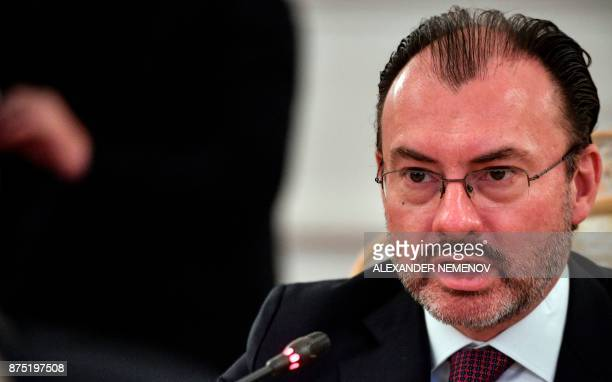 Mexico's Foreign Minister Luis Videgaray Caso speaks during a meeting with his Russian counterpart in Moscow on November 17 2017 / AFP PHOTO /...