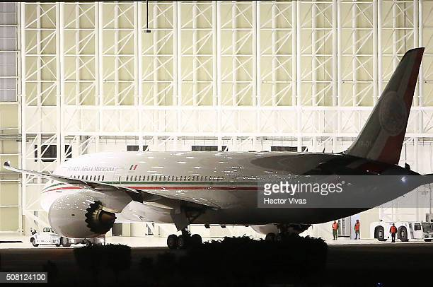 Mexico's new presidential plane Boeing 7878 Dreamliner Jose Maria Morelos y Pavon arrives to Benito Juarez International Airport on February 03 2016...