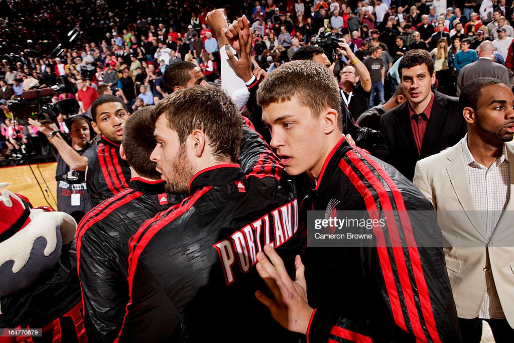 <a gi-track='captionPersonalityLinkClicked' href=/galleries/search?phrase=Meyers+Leonard&family=editorial&specificpeople=6893999 ng-click='$event.stopPropagation()'>Meyers Leonard</a> #11 of the Portland Trail Blazers huddles up with teammates before a game against the Memphis Grizzlies on March 12, 2013 at the Rose Garden Arena in Portland, Oregon.