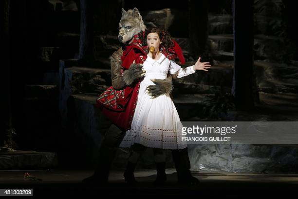 Mezzosoprano Francesca Jackson performs as Little Red Riding Hood during a dressed rehearsal of the musical 'Into the Woods' on March 29 2014 on the...