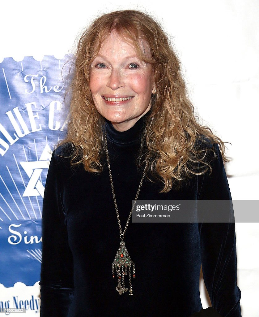 <a gi-track='captionPersonalityLinkClicked' href=/galleries/search?phrase=Mia+Farrow&family=editorial&specificpeople=93764 ng-click='$event.stopPropagation()'>Mia Farrow</a> attends the 79th annual Blue Card Benefit gala at American Museum of Natural History on October 21, 2013 in New York City.