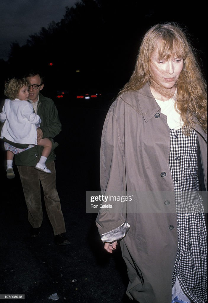 <a gi-track='captionPersonalityLinkClicked' href=/galleries/search?phrase=Mia+Farrow&family=editorial&specificpeople=93764 ng-click='$event.stopPropagation()'>Mia Farrow</a>, Dylan Farrow and <a gi-track='captionPersonalityLinkClicked' href=/galleries/search?phrase=Woody+Allen&family=editorial&specificpeople=202886 ng-click='$event.stopPropagation()'>Woody Allen</a> during <a gi-track='captionPersonalityLinkClicked' href=/galleries/search?phrase=Mia+Farrow&family=editorial&specificpeople=93764 ng-click='$event.stopPropagation()'>Mia Farrow</a> and <a gi-track='captionPersonalityLinkClicked' href=/galleries/search?phrase=Woody+Allen&family=editorial&specificpeople=202886 ng-click='$event.stopPropagation()'>Woody Allen</a> Sighting at Her Apartment in New York City - May 2, 1989 at <a gi-track='captionPersonalityLinkClicked' href=/galleries/search?phrase=Mia+Farrow&family=editorial&specificpeople=93764 ng-click='$event.stopPropagation()'>Mia Farrow</a>'s Apartment in New York City, New York, United States.