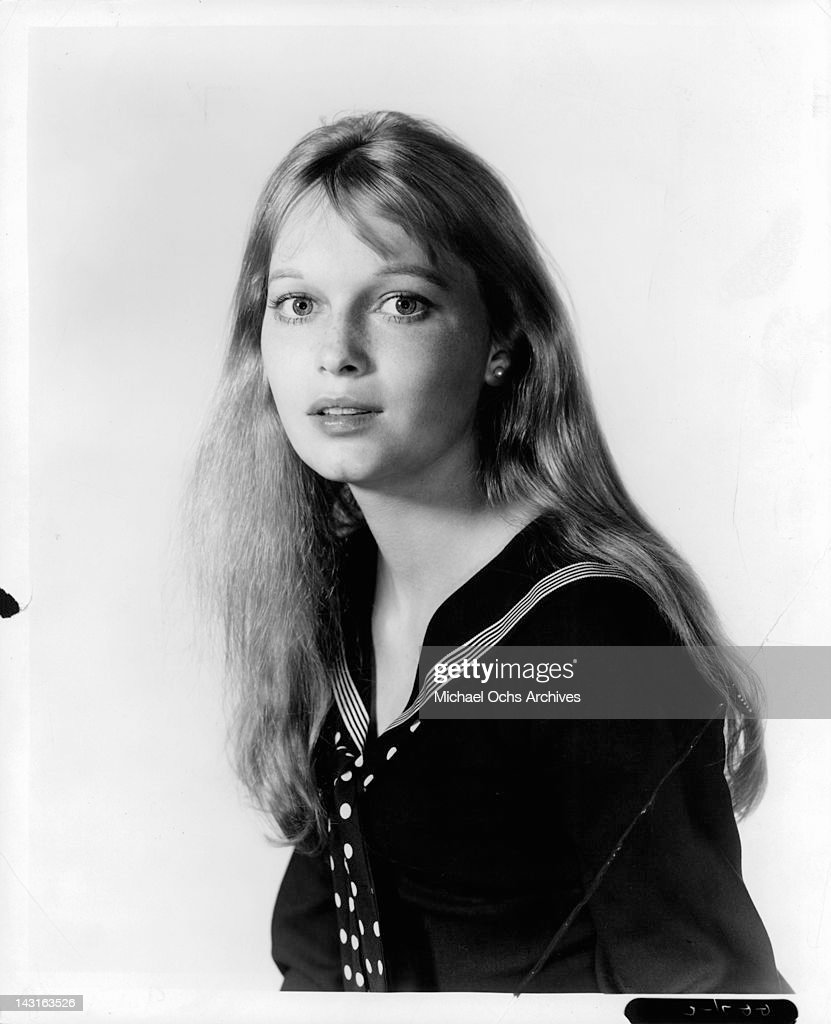 <a gi-track='captionPersonalityLinkClicked' href=/galleries/search?phrase=Mia+Farrow&family=editorial&specificpeople=93764 ng-click='$event.stopPropagation()'>Mia Farrow</a> publicity portrait for the television series 'Peyton Place', circa 1965.