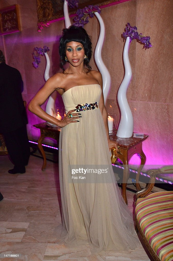 Mia Frye attends the Chateau de Saint Cloud Gala Auction Dinner at the Salons Hoche on June 26, 2012 in Paris, France.