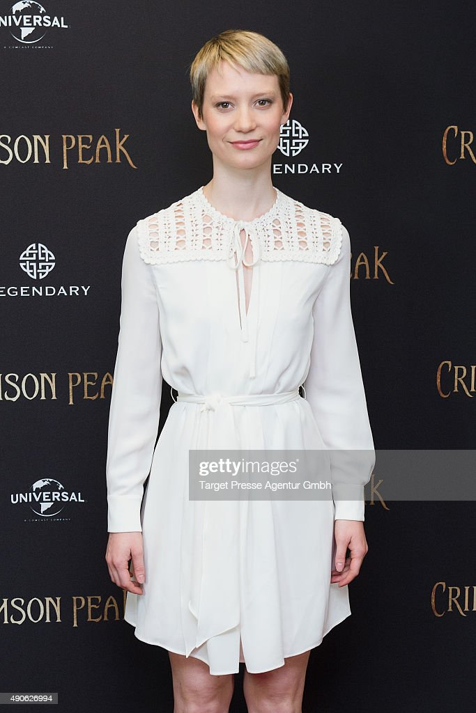 Mia Wasikowska attends the 'Crimson Peak' photocall at The Regent Hotel on September 30, 2015 in Berlin, Germany.