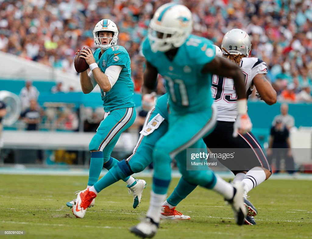 american football dolphins