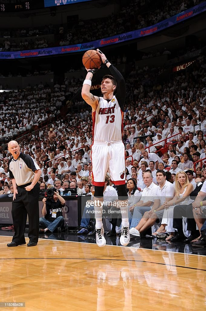 Miami Heat shooting guard <a gi-track='captionPersonalityLinkClicked' href=/galleries/search?phrase=Mike+Miller+-+Basketball+Player&family=editorial&specificpeople=201801 ng-click='$event.stopPropagation()'>Mike Miller</a> #13 goes for a jump shot against the Dallas Mavericks in Game Two of the 2011 NBA Finals on June 2, 2011 at the American Airlines Arena in Miami, Florida. The Mavericks won 95-93.