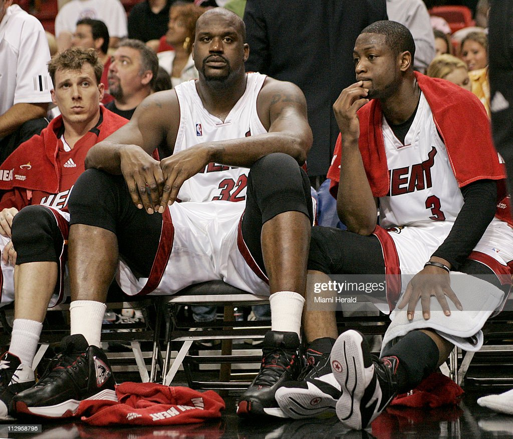 Miami Heat s Jason Williams Shaquille O Neal and Dwyane Wad