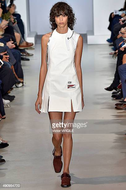 Mica Arganaraz walks the runway during the Paco Rabanna Ready to Wear show as part of the Paris Fashion Week Womenswear Spring/Summer 2016 on October...