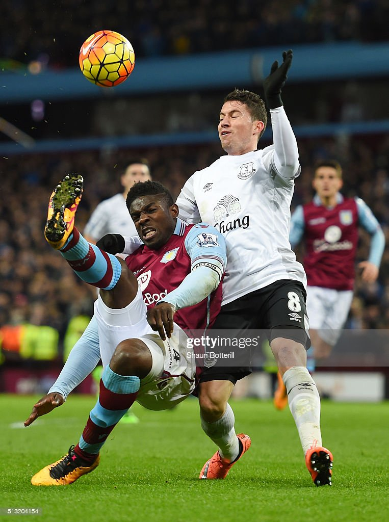 <a gi-track='captionPersonalityLinkClicked' href=/galleries/search?phrase=Micah+Richards&family=editorial&specificpeople=647038 ng-click='$event.stopPropagation()'>Micah Richards</a> of Aston Villa and <a gi-track='captionPersonalityLinkClicked' href=/galleries/search?phrase=Bryan+Oviedo&family=editorial&specificpeople=4412740 ng-click='$event.stopPropagation()'>Bryan Oviedo</a> of Everton compete for the ball during the Barclays Premier League match between Aston Villa and Everton at Villa Park on March 1, 2016 in Birmingham, England.
