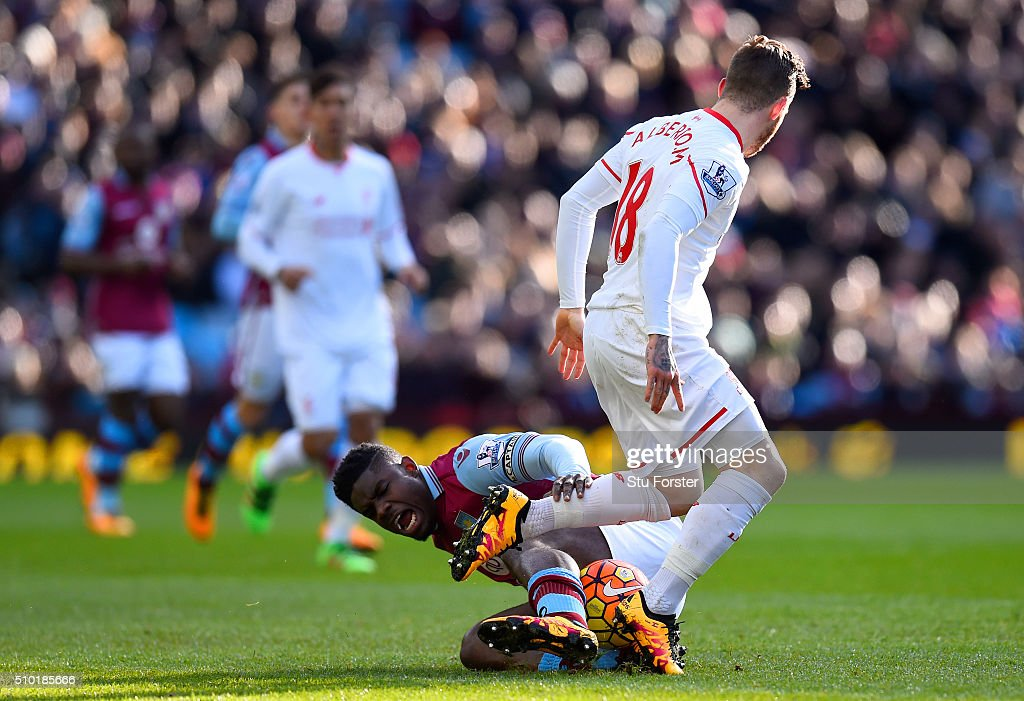 <a gi-track='captionPersonalityLinkClicked' href=/galleries/search?phrase=Micah+Richards&family=editorial&specificpeople=647038 ng-click='$event.stopPropagation()'>Micah Richards</a> of Aston Villa battles for the ball with Alberto Moreno of Liverpool during the Barclays Premier League match between Aston Villa and Liverpool at Villa Park on February 14, 2016 in Birmingham, England.