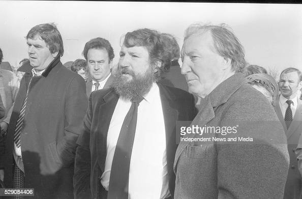 The dubliners focusing on
