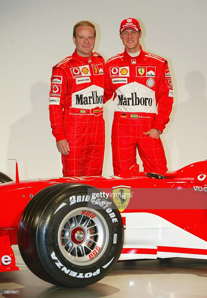 ¿Cuánto mide Michael Schumacher? - Altura - Real height Micahel-schumacher-and-rubens-barrichello-pose-during-the-launch-of-picture-id2901641
