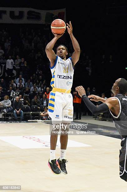 Michael Antonio Frazier of Tezenis competes with Michael Umeh of Segafredo during the match of LNP LegaBasket Serie A2 between Virtus Segafredo...