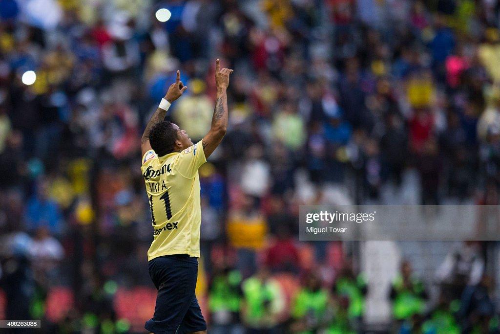 America v Santos Laguna - Clausura 2015 Liga MX