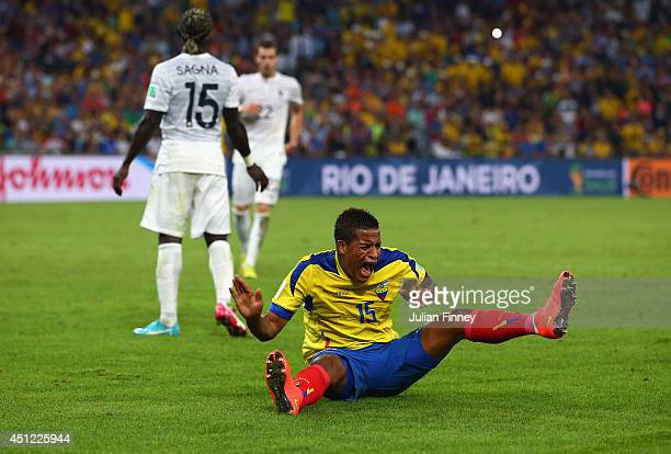 Michael Arroyo of Ecuador reacts to a missed chance during the 2014 FIFA World Cup Brazil Group E match between Ecuador and France at Maracana on...