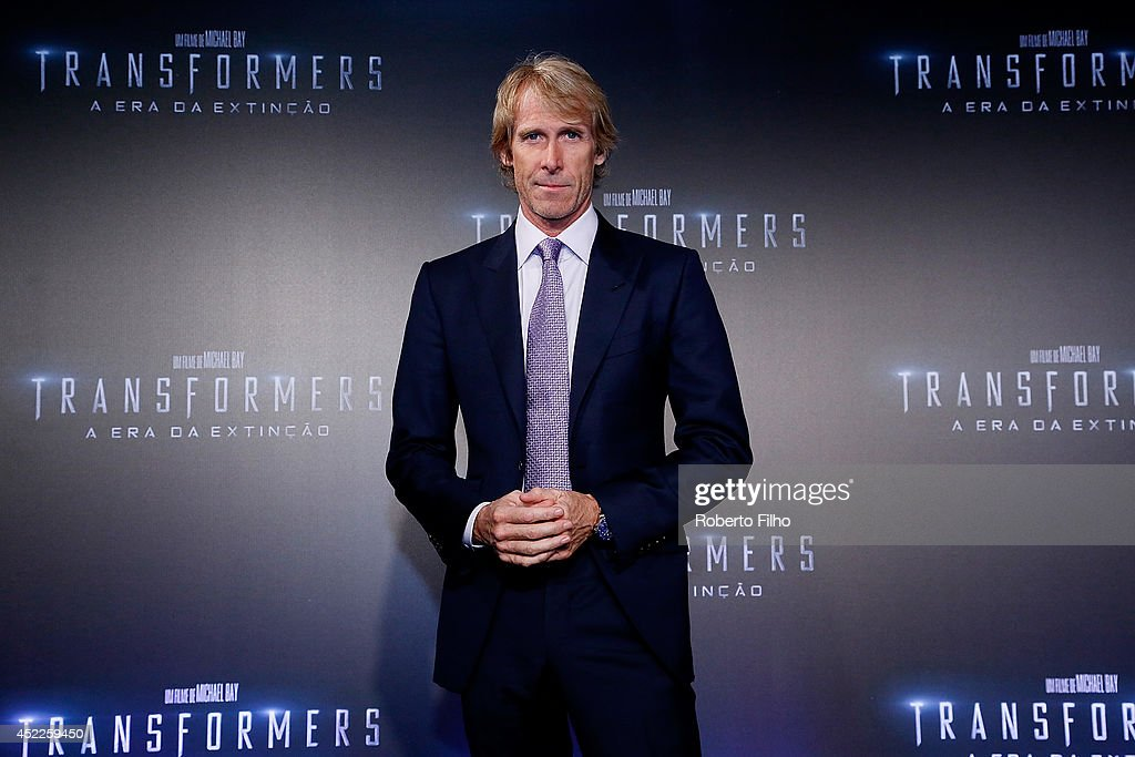<a gi-track='captionPersonalityLinkClicked' href=/galleries/search?phrase=Michael+Bay&family=editorial&specificpeople=240532 ng-click='$event.stopPropagation()'>Michael Bay</a> attends the premiere of Paramount Pictures 'Transformers: Age of Extinction' at Cinepolis Lagoon, on July 16, 2014 in Rio de Janeiro, Brazil.