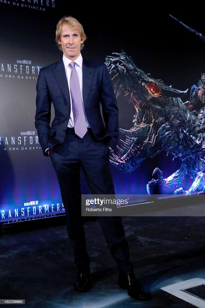 <a gi-track='captionPersonalityLinkClicked' href=/galleries/search?phrase=Michael+Bay&family=editorial&specificpeople=240532 ng-click='$event.stopPropagation()'>Michael Bay</a> attends the premiere of Paramount Pictures 'Transformers: Age of Extinction' at Cinepolis Lagoon on July 16, 2014 in Rio de Janeiro, Brazil.